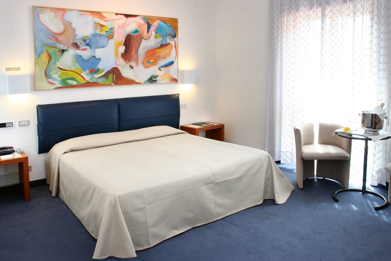 Camere dell 39 arte hotel arte hotel albergo 4 stelle a for Sito camera