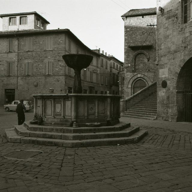 Il fascino della vita medievale con il Mercato delle Gaite 2019 a Bevagna, a Giugno in Umbria!